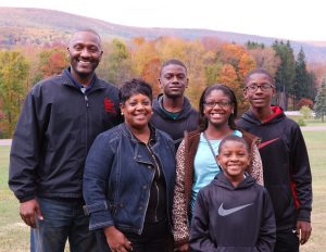 2014 Guest Speaker and family.